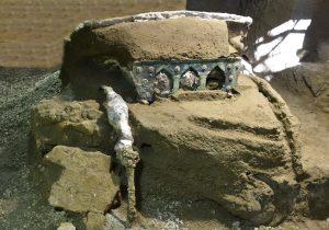 Il carro trovato a Pompei