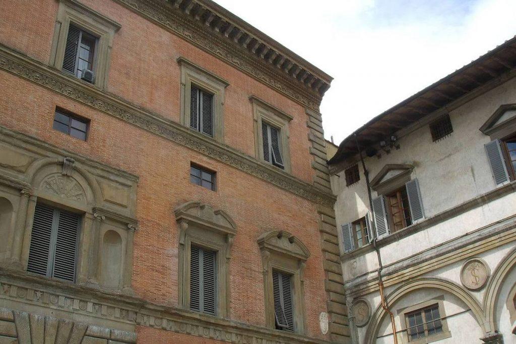 La finestra sempre aperta di Palazzo Budini-Gattai