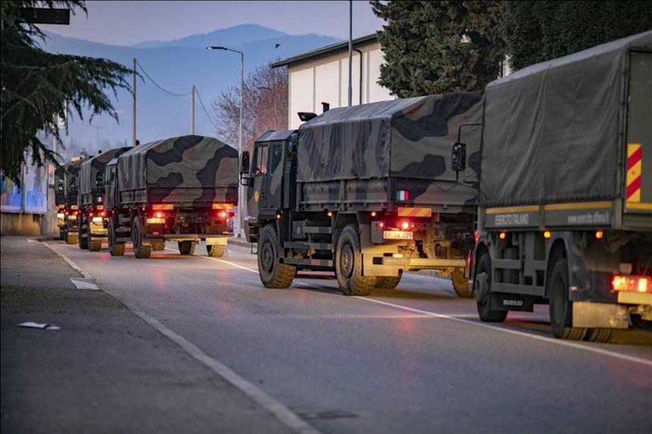 Giornata nazionale per le vittime del Covid - camion dell'esercito