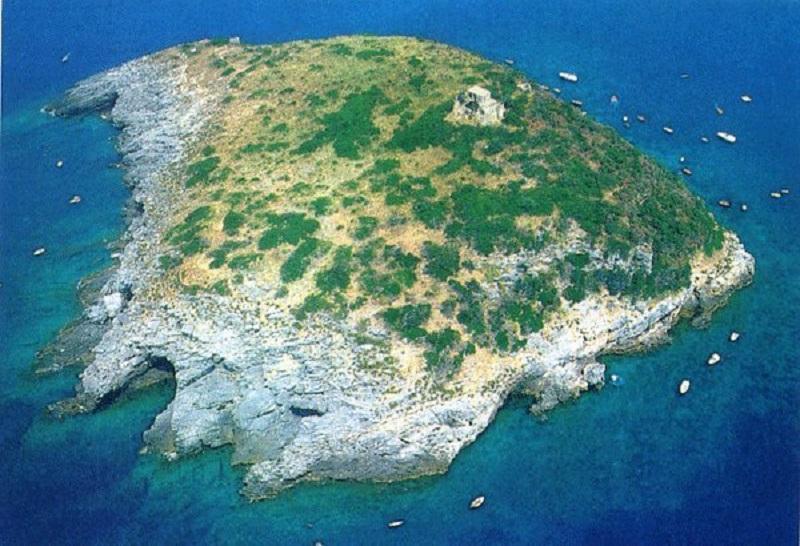 Isola di Cirella vista dall'alto