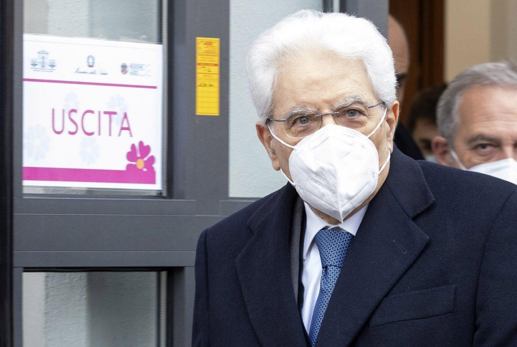 Vaccino per Mattarella - presidente mattarella