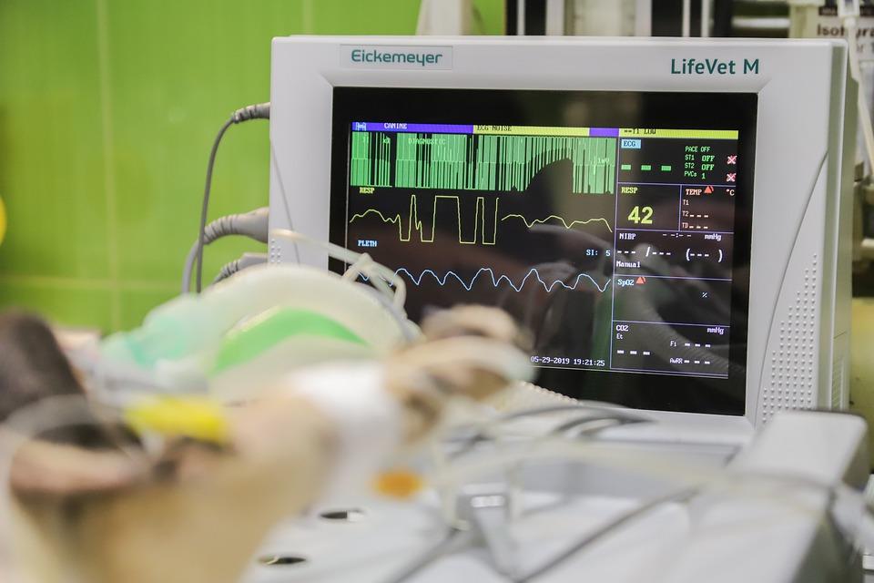 trapianto di cuore - macchinario sala operatorio