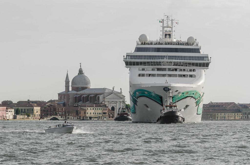 Le navi alla laguna di Venezia