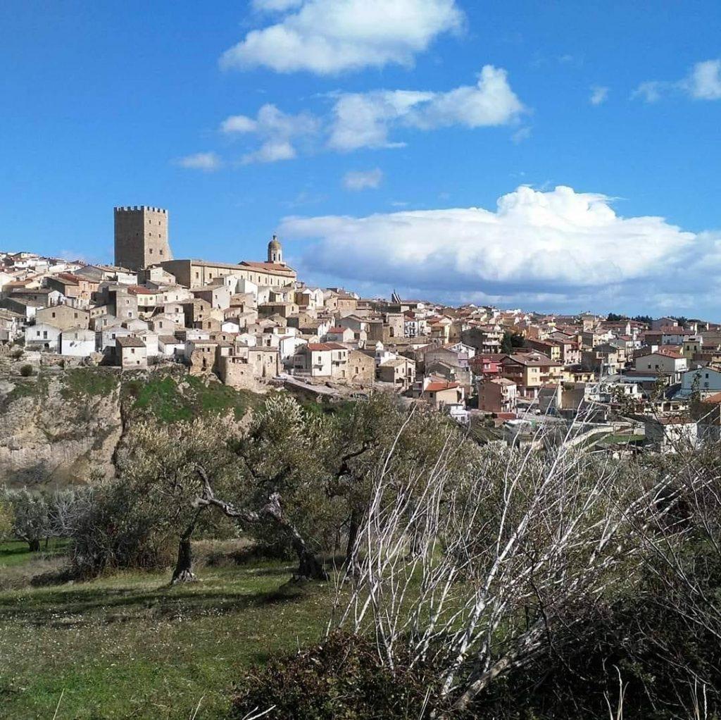 Il borgo di Pietramontecorvino