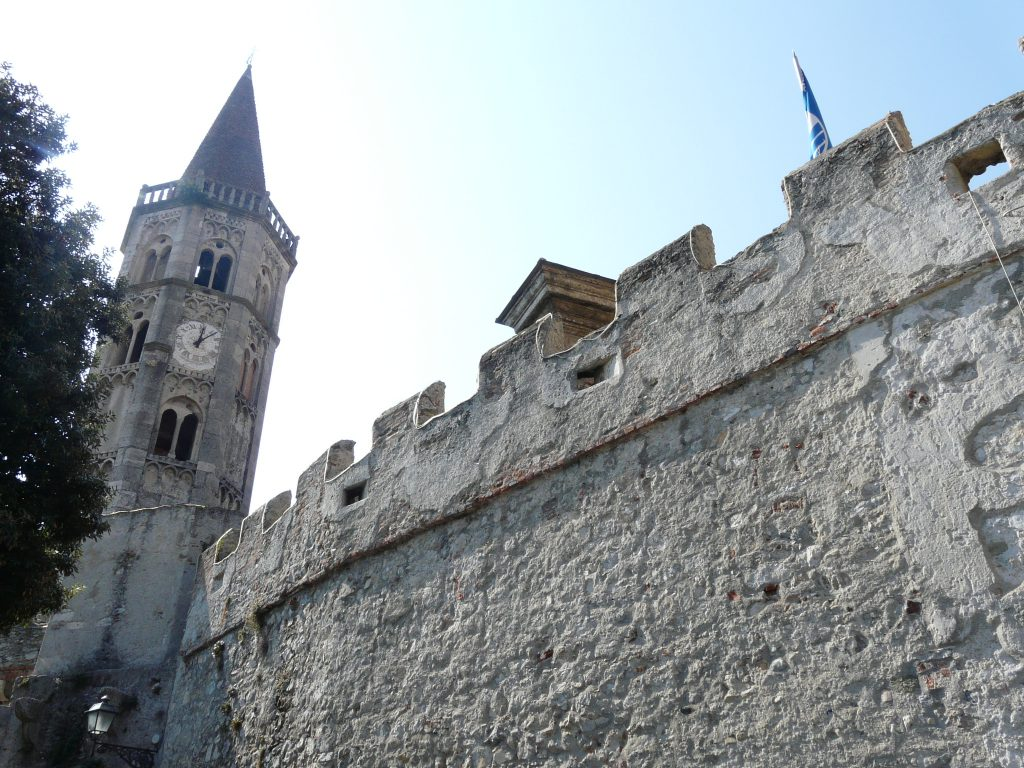 Finalborgo mura