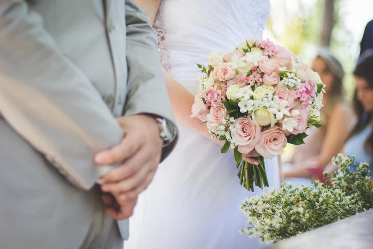 Matrimoni 2021 - Sposi all'altare