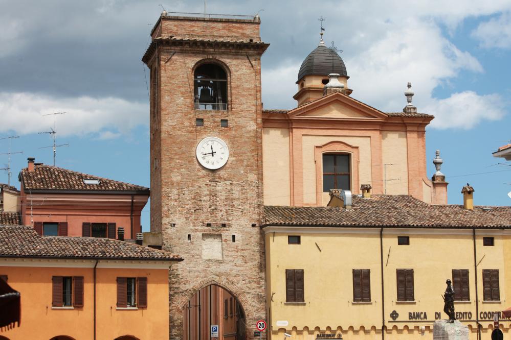 San Giovanni in Marignano - Torre