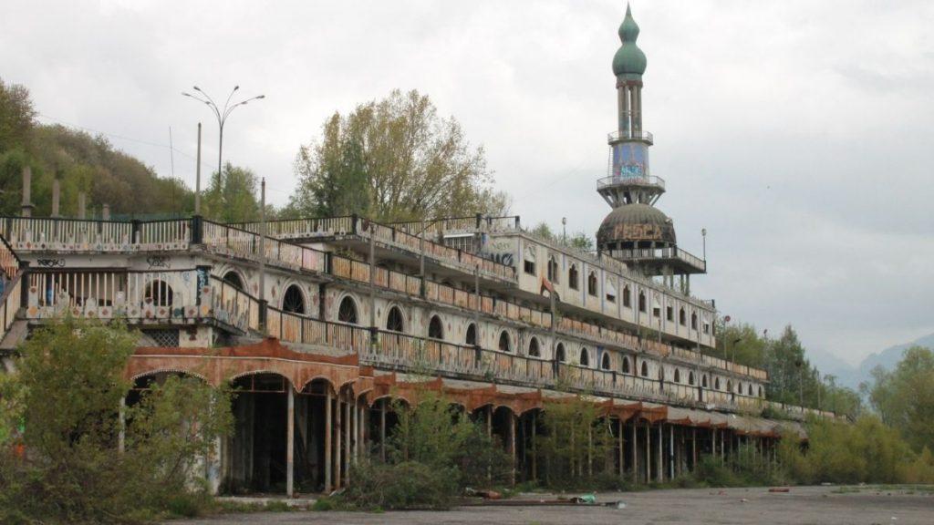 consonno - il minareto