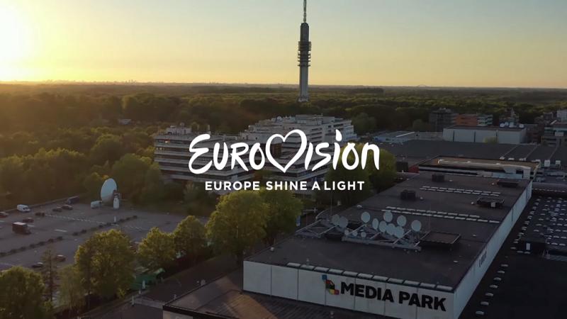 zitti e buoni-europe shine a light