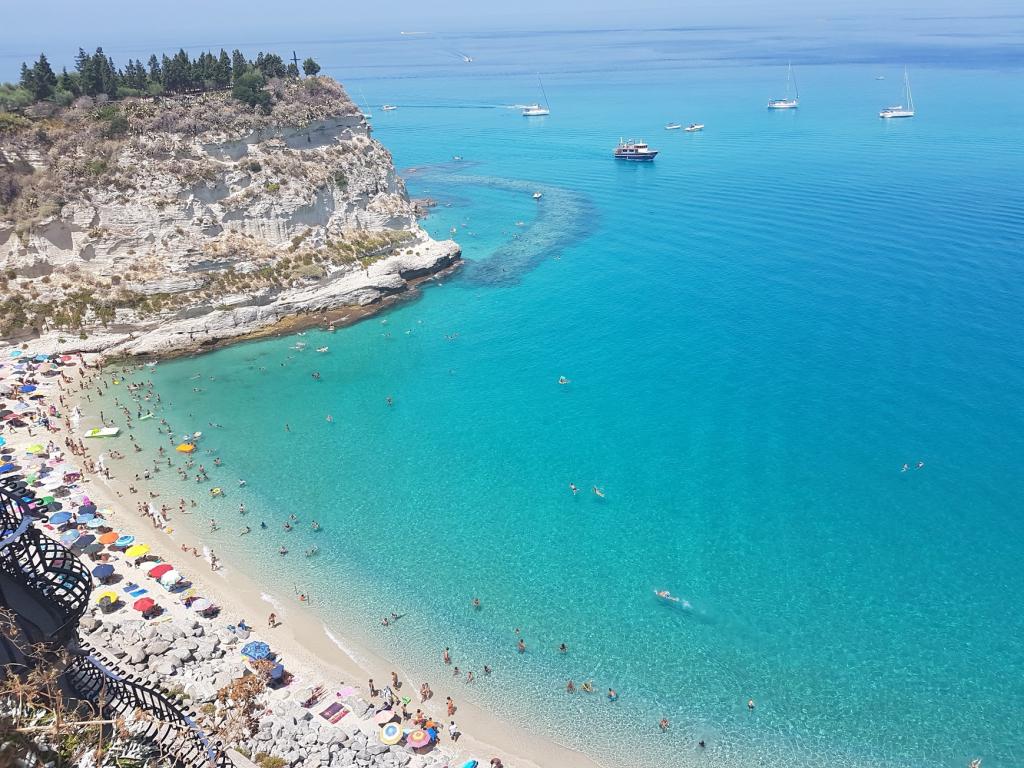 Riapertura delle spiagge - spiaggia di Tropea