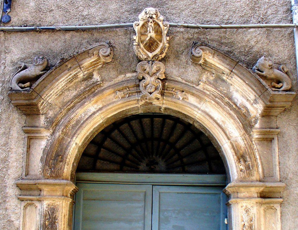 Grimaldi, stemma della famiglia Amantea