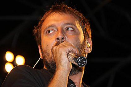 Cesare Cremonini in concerto nel 2009
