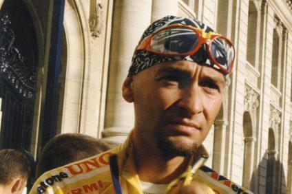 Marco Pantani con la maglia gialla al Tour de France 1997