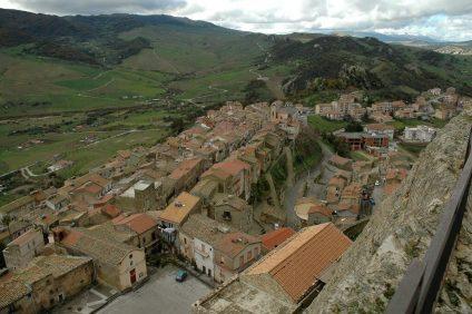 Veduta di Sperlinga dall'alto