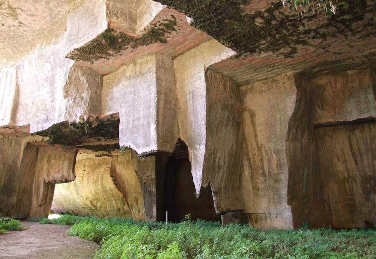 Grotta dei Cordari di Siracusa - ingresso alla grotta