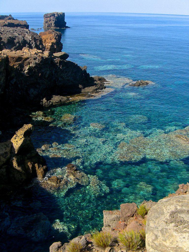 una spiaggia di Ustica