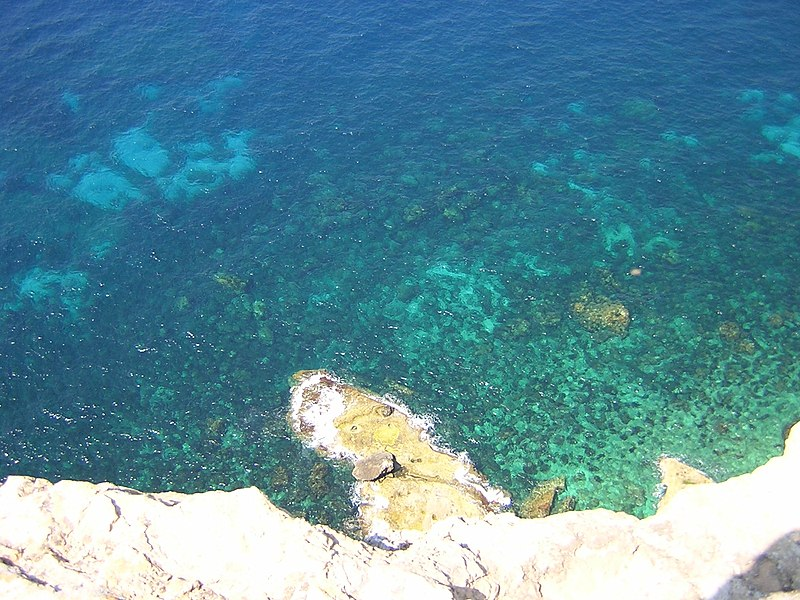 L'isola di Lampedusa e il suo mare