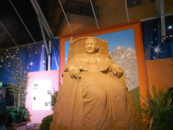 Papa Giovanni Paolo I - monumento papa  luciani