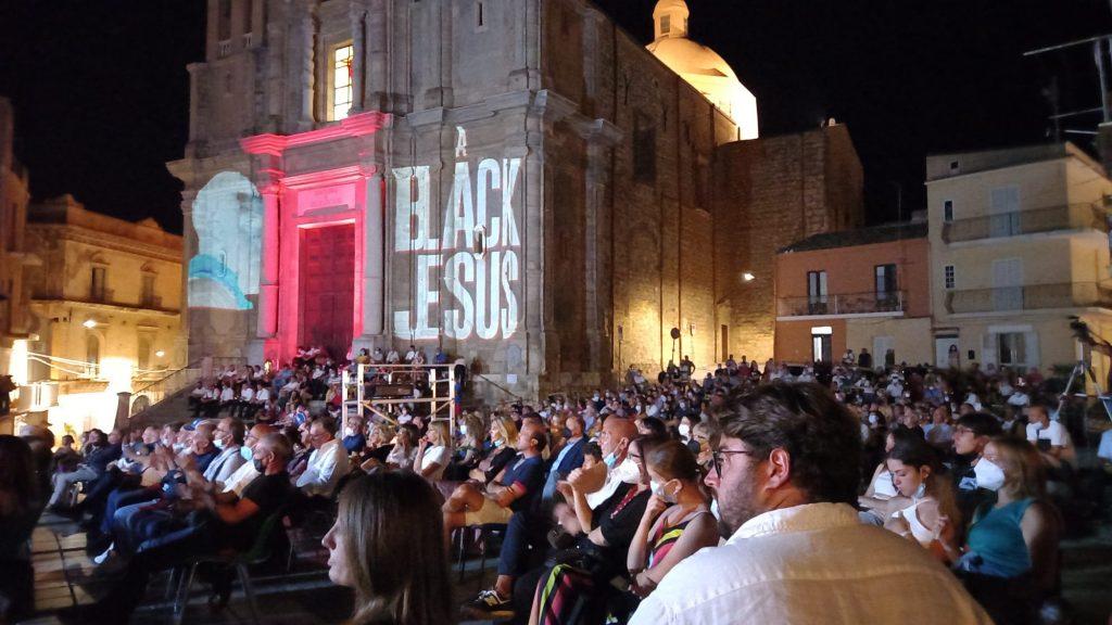 serata della proiezione del film A Black Jesus