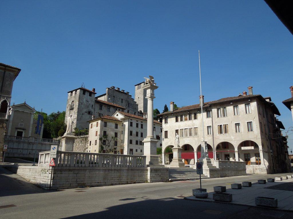Piazza Maggiore di feltre