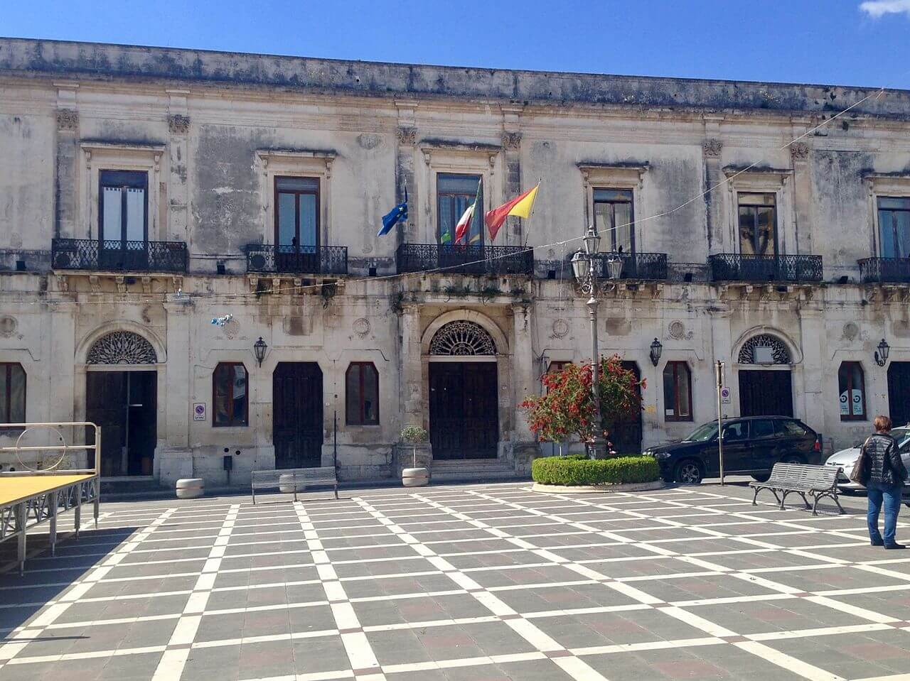 Caldo record - Palazzo comunale di Floridia (Siracusa)