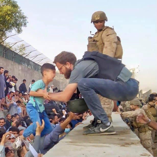 Tommaso Claudi popolo afghano