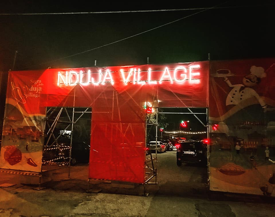 La sagra della 'nduja, 'Nduja village