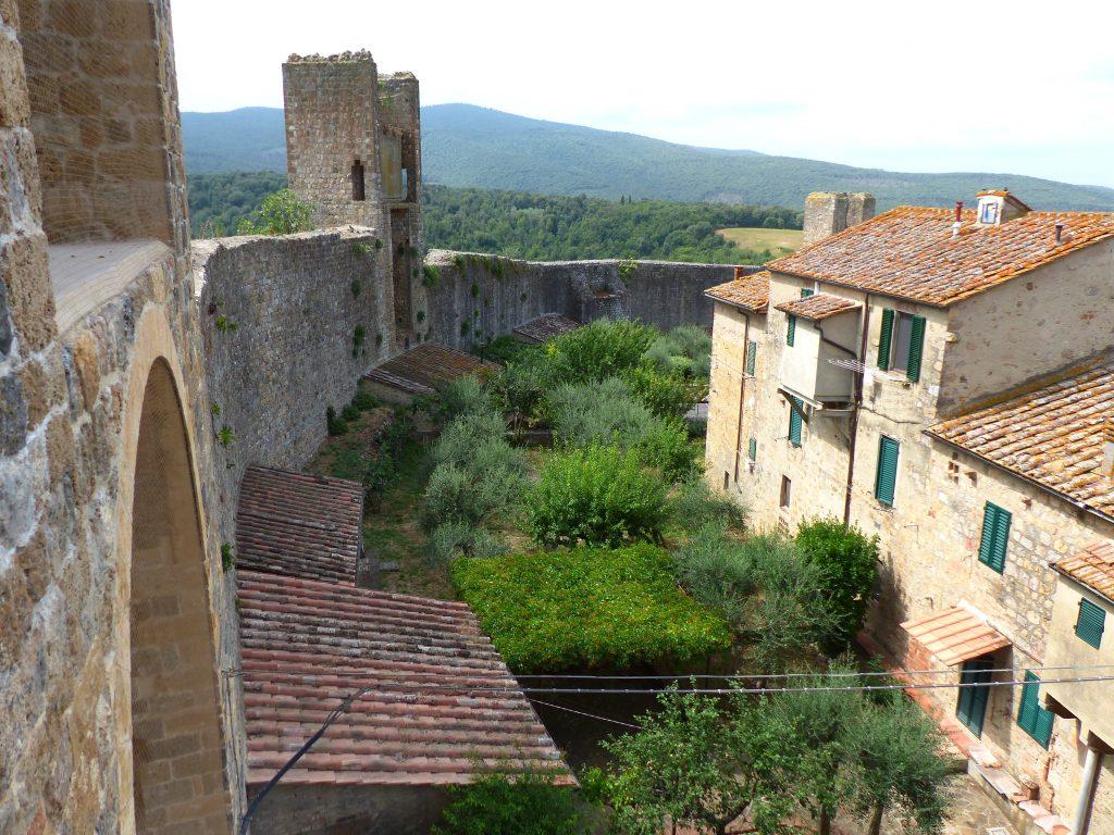 Monteriggioni - Una veduta del borgo