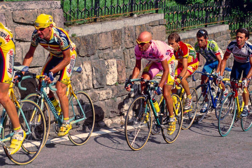 """""""Il Migliore. Marco Pantani"""" - Pantani in maglia rosa al Giro d'Italia 1999,"""