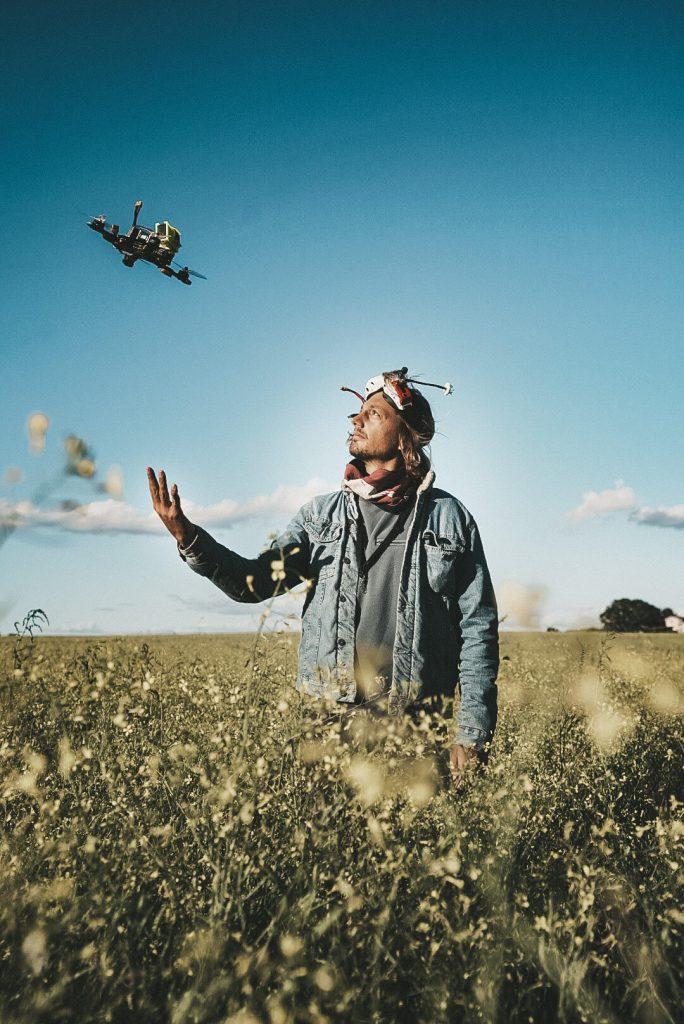 Nils Astrologo con il suo drone