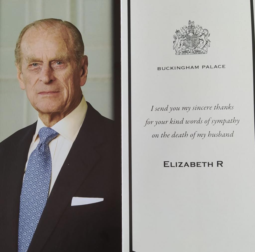 La Regina Elisabetta ha risposto ai ragazzi di una scuola italiana - La lettera ricevuta dagli alunni della 3B dell'Istituto Arturo Ferrarin di Induno Olona (Varese)