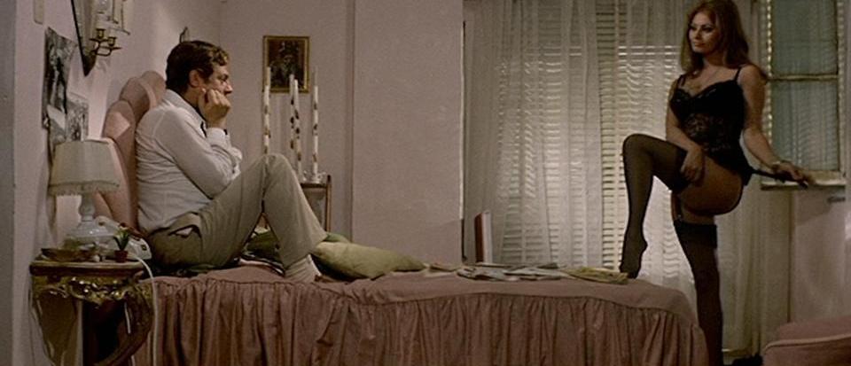 Sophia Loren e Marcello Mastroianni in Ieri, oggi, domani