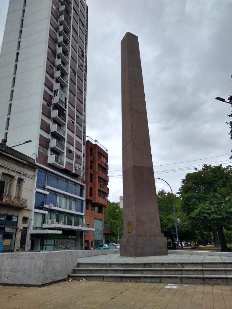 Obelisco - Obelisco De La Plata