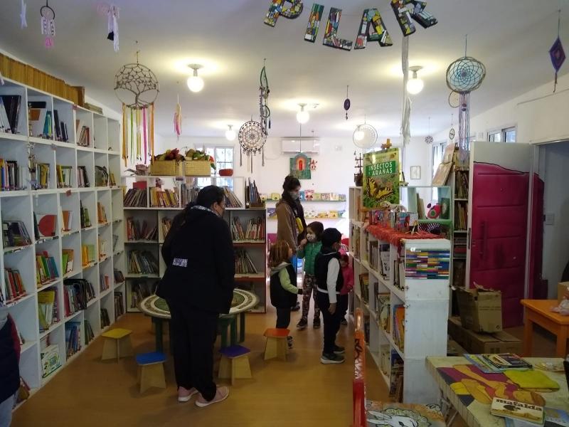 Biblioteca - Pilar