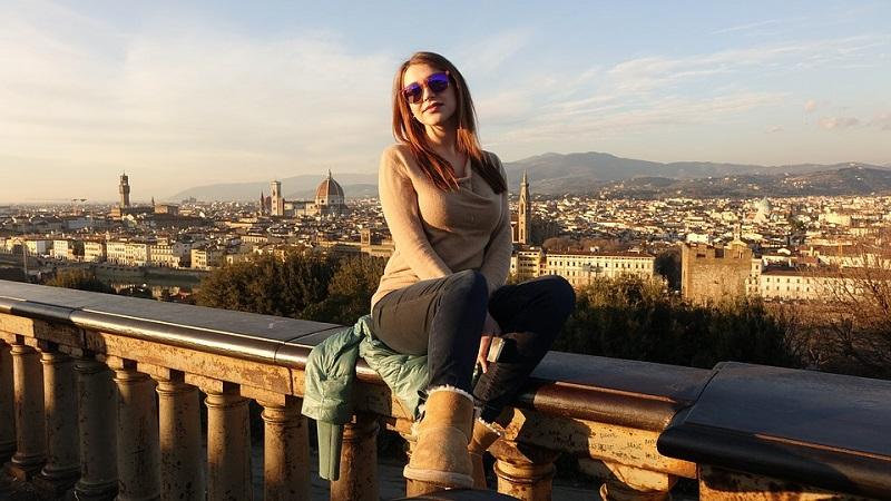Muestra de Fotografía - Mujer En Roma.