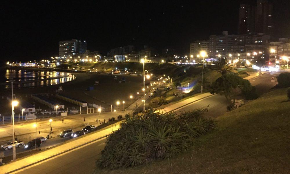 Cropped Playa Varese De Noche.jpg
