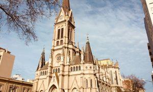 Catedral De Mar Del Plata - La Catedral de Mar del Plata es la tercera más grande de la provincia después de la Catedral de La Plata y la Basílica de Luján.