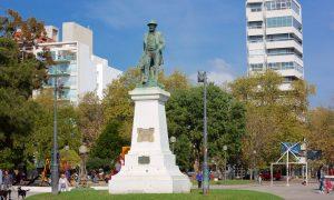 Plaza Mitre - Monumento a Bartolomé Mite. PhotoCredit: Expedia.co.in