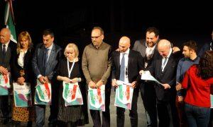 Argentina e Italia - Panel de expositores en el Congreso. PhotoCredit: Per Sempre Italia.