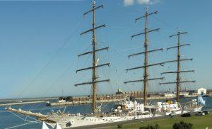La Fragata Libertad - La nave en Mar del Plata.
