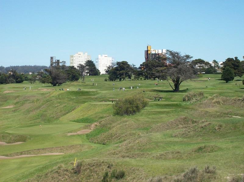 Golf Club - Cancha del club.