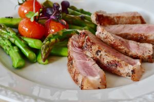 Sin Gluten - Carne con ensalada.