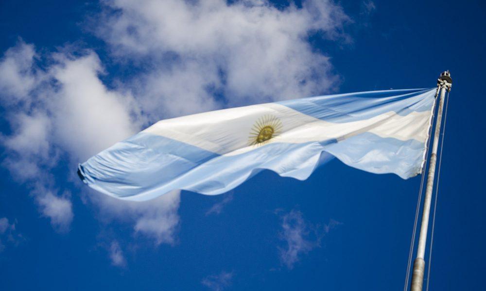 Patria Adentro - Bandera Argentina Revolución De Mayo.