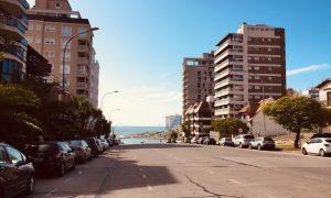 Calleo - Avenida Colon Cerca Del Mar