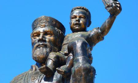San Nicolás - Estatua De San Nicolás.