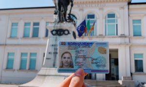 Maia Cassani - Obtención De La Carta De Identidad.
