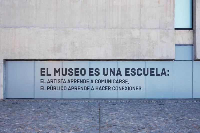 Cultura - Frase En El Museo Mar.