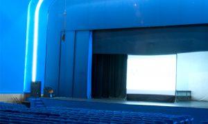 bajo terapia - teatro roxy