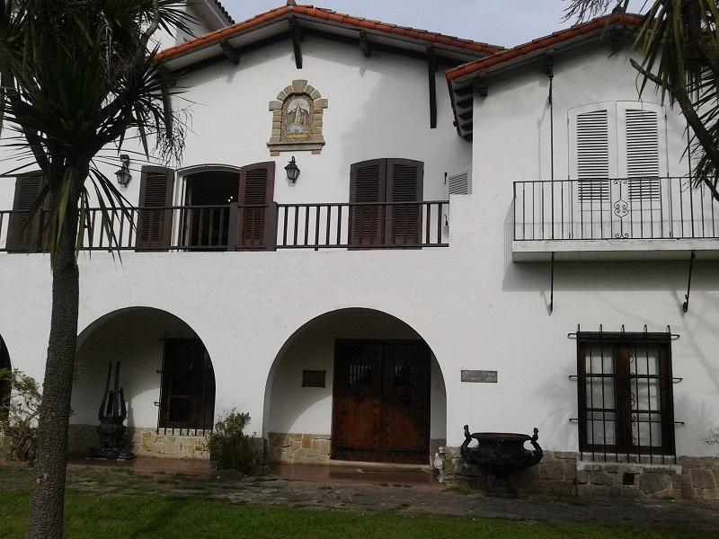 Una tarde en Villa Mitre - Entrada Villa Mitre Hoy.