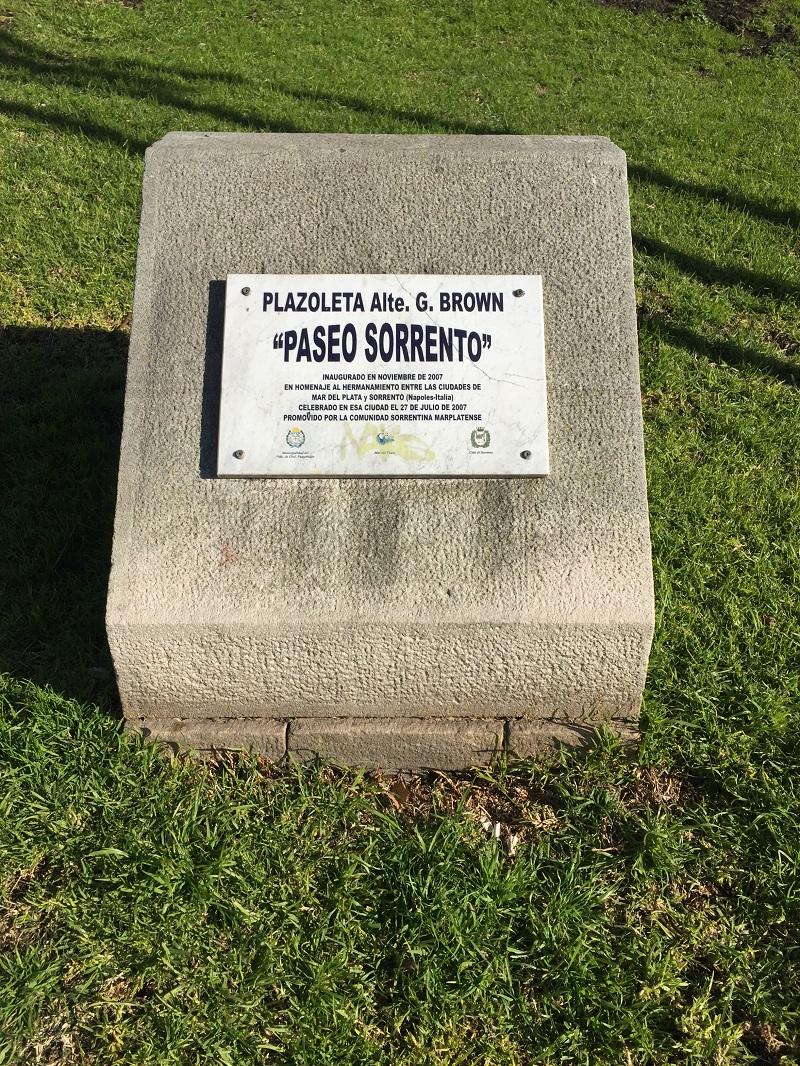 Giuseppe De Angelis - Placa Ciudades Hermanas Sorrento Y Mar Del Plata.